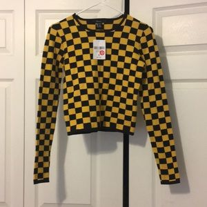 Checkered Black and yellow long sleeved crop